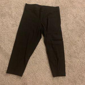 Large Capri PINK leggings